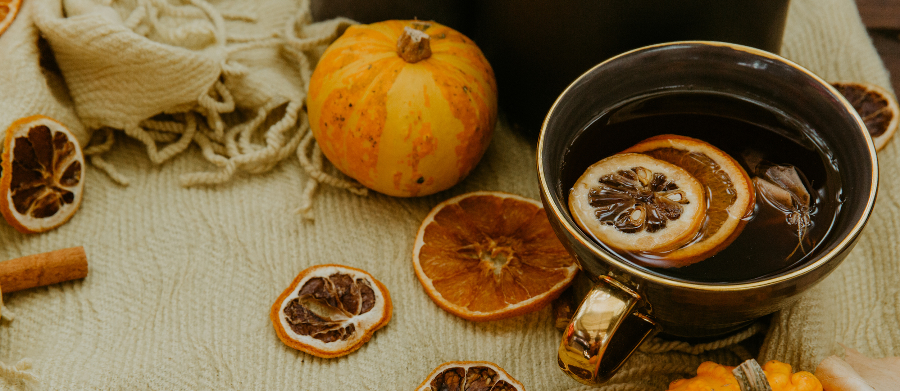 8 Fall Essential Oil Blends For Your Diffuser Mindbody